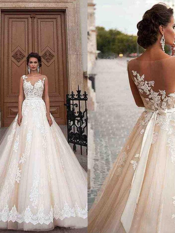 A-Line/Princess Tulle Scoop Applique Sleeveless Court Train Wedding Dress
