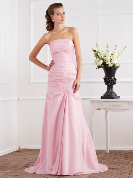Trumpet/Mermaid Strapless Beading Long Taffeta Dress