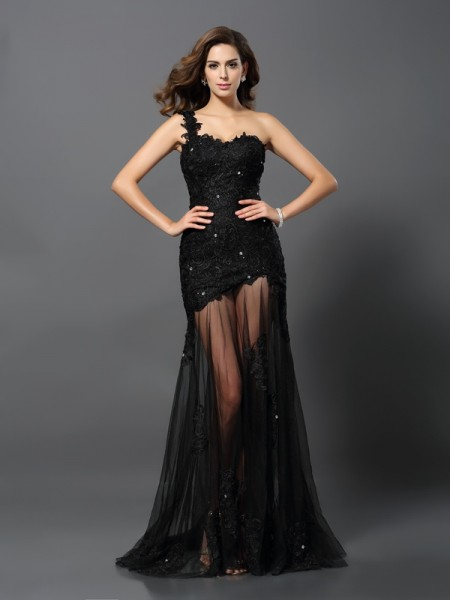 Sheath/Column One-Shoulder Applique Long Lace Dress