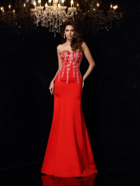 Sheath/Column Sweetheart Applique Long Satin Dress