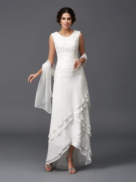 A-Line/Princess Scoop Lace Mother of the Bride Dress with Long Chiffon