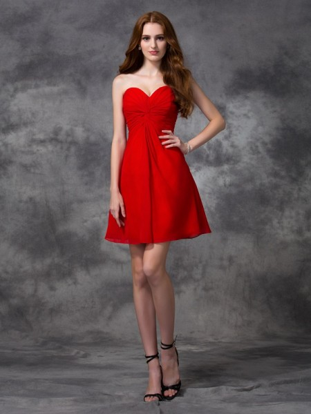 A-line/Princess Sweetheart Ruched Short Chiffon Cocktail Dress