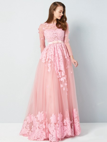 A-Line/Princess Scoop 3/4 Sleeves Floor-Length Applique Tulle Dress