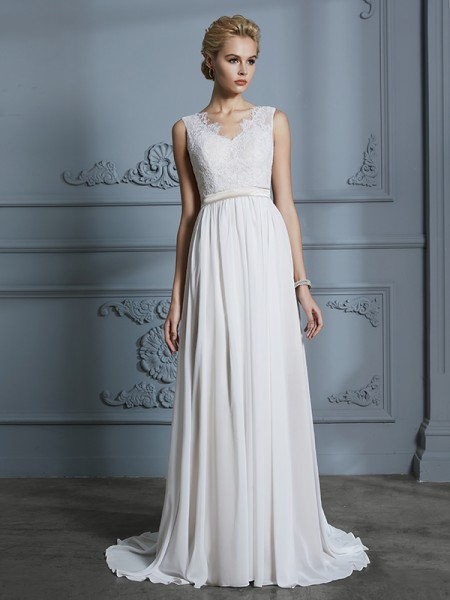 A-Line/Princess Chiffon V-neck Court Train Wedding Dresses