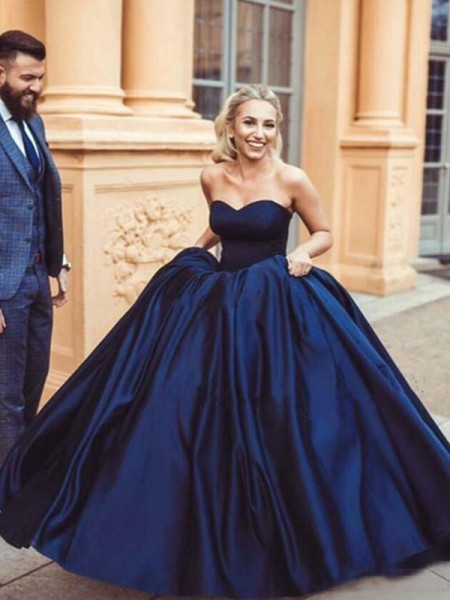 Ball Gown Sleeveless Sweetheart Sweep/Brush Train Ruffles Satin Dress