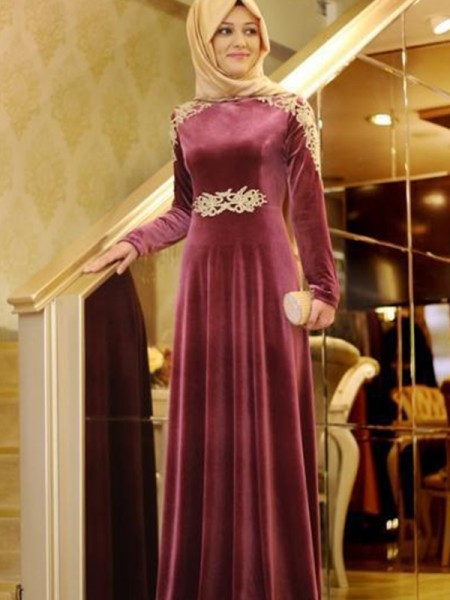 A-Line/Princess Long Sleeves Scoop Long Ruffles Velvet Muslim Dress