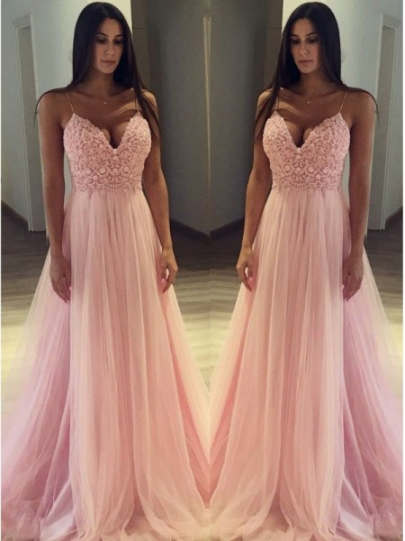 A-Line/Princess Sleeveless Spaghetti Straps Sweep/Brush Train Tulle Dress