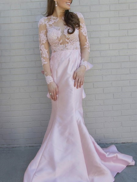 Trumpet/Mermaid Long Sleeves Scoop Applique Satin Sweep/Brush Train Dress