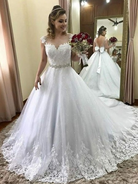 Ball Gown Sweetheart Sleeveless Court Train Beading Tulle Wedding Dress