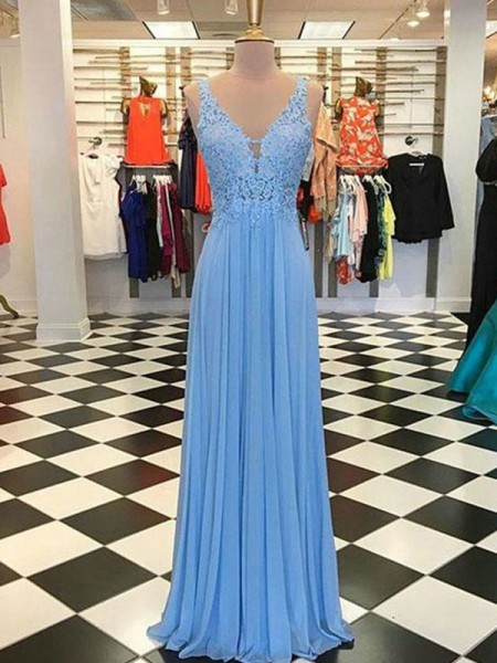 A-Line/Princess Spaghetti Straps Sleeveless Applique Chiffon Floor-Length Dress