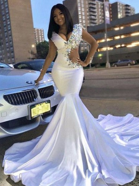 Trumpet/Mermaid Satin Beading V-neck Sleeveless Court Train Dress