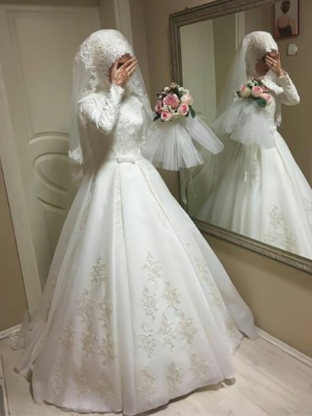 Floor-Length Ball Gown Jewel Long Sleeves Wedding Dresses with Tulle