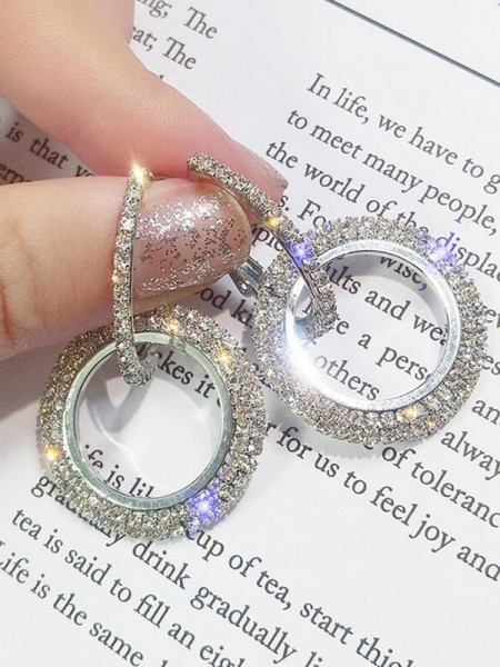Trending Round Crystal Earrings