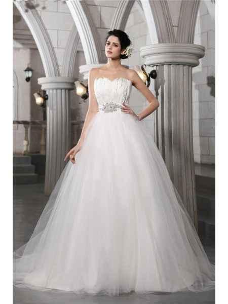 Ball Gown Strapless Feather Long Net Wedding Dress
