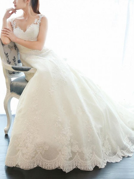 A-Line/Princess Sleeveless V-neck Court Train Applique Lace Wedding Dress